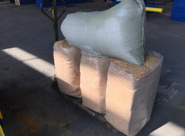 稻壳套袋机